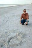 Coração do Valentim na praia chave dos amantes Foto de Stock Royalty Free