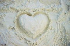 Corazón blanco de la arena Fotos de archivo libres de regalías