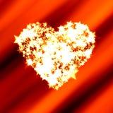 Corazón brillante de estrellas brillantes en tarjeta del día de San Valentín roja Fotos de archivo libres de regalías