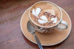 Corazón caliente de los adornos del arte del café Foto de archivo