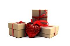 Corazón cerca de una caja Imagenes de archivo