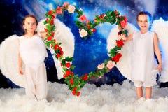 Corazón de flores fotografía de archivo