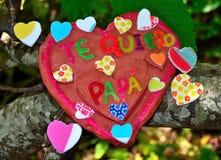 Corazón de la arcilla para el día de padres Fotografía de archivo libre de regalías