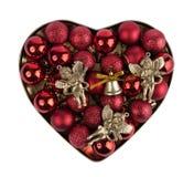 Corazón de la bola de la Navidad Fotos de archivo