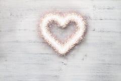 Corazón de la chispa del amor Imagenes de archivo