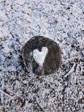 Corazón de la nieve fotografía de archivo libre de regalías