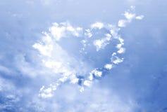 Corazón de la nube con la flecha Imágenes de archivo libres de regalías