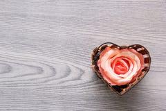 Corazón de la rosa del rosa Imágenes de archivo libres de regalías