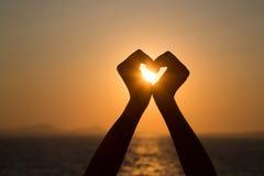 Corazón de la salida del sol imagen de archivo libre de regalías