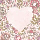 Corazón de la tarjeta del día de San Valentín de flores rosadas Imágenes de archivo libres de regalías