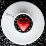 Corazón de la taza de café Imagen de archivo libre de regalías