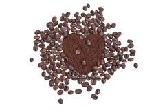 Corazón de los granos de café Fotografía de archivo libre de regalías