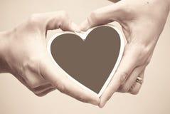Corazón de madera Imágenes de archivo libres de regalías