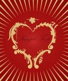 Corazón de oro en fondo rojo. Concepto del amor Fotos de archivo libres de regalías