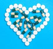 Corazón de píldoras Foto de archivo