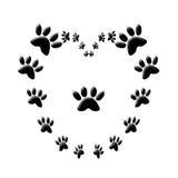 Corazón del amor de la impresión de la pata del gato   ilustración del vector