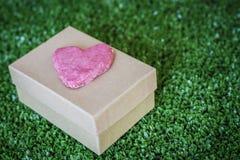 Corazón del día de tarjeta del día de San Valentín Fotografía de archivo libre de regalías