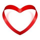 Corazón del día de tarjeta del día de San Valentín de la cinta de seda roja Imagen de archivo libre de regalías