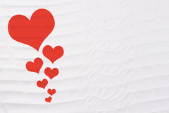 Corazón del día de tarjeta del día de San Valentín en la tela de lino Foto de archivo