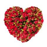 Corazón del día de tarjetas del día de San Valentín hecho de las rosas rojas aisladas en el fondo blanco Fotografía de archivo