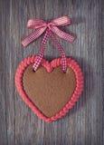 Corazón del pan de jengibre Imagen de archivo libre de regalías