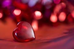 Corazón del rojo del ` s de la tarjeta del día de San Valentín Imagen de archivo