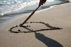 Corazón del verano de la arena de Grecia Foto de archivo