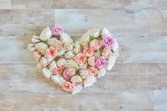Corazón del vintage de las flores Fotografía de archivo