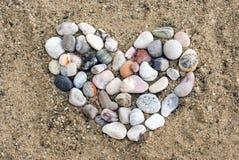 Corazón en la arena Fotografía de archivo libre de regalías