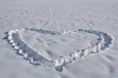 corazón en nieve Imágenes de archivo libres de regalías