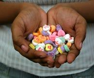 Corazón en sus manos. Imagen de archivo