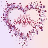 Corazón floral hermoso con las letras Tarjeta de la tarjeta del día de San Valentín Fotos de archivo libres de regalías