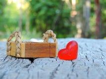 Corazón, fondo de la tarjeta del día de San Valentín Fotografía de archivo
