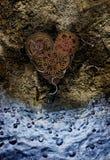 Corazón hecho de engranajes fotos de archivo
