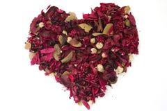 Corazón hecho de flores secadas Imagenes de archivo