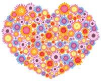 Corazón hecho de las flores Foto de archivo