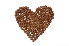 Corazón hecho fuera de los granos de café imagen de archivo libre de regalías