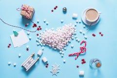Corazón Mini Marshmallows Food colorido del concepto Imagenes de archivo