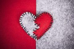 Corazón quebrado del fieltro Imagenes de archivo