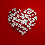 Corazón rojo con los pequeños corazones blancos Fotografía de archivo libre de regalías
