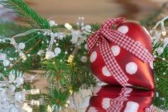 Corazón rojo de la Navidad Fotografía de archivo libre de regalías