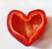 Corazón rojo de la paprika Fotos de archivo libres de regalías