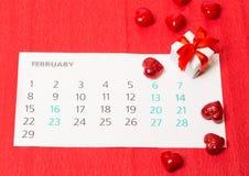 Corazón rojo e del día de tarjeta del día de San Valentín Fotografía de archivo libre de regalías