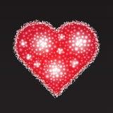 Corazón rojo elegante compuesto de las pequeñas perlas El día de tarjeta del día de San Valentín VE Imágenes de archivo libres de regalías