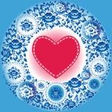 Corazón rojo y flores azules Tarjeta de felicitación Foto de archivo