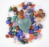 Corazón verde del cuarzo imágenes de archivo libres de regalías