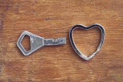 Corazón y llave Imagen de archivo libre de regalías