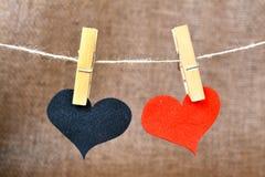 Corazón y pinza Imagen de archivo libre de regalías