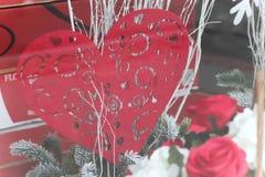 Corazón y rosas Imagenes de archivo