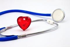 Corazón y un estetoscopio Imagen de archivo